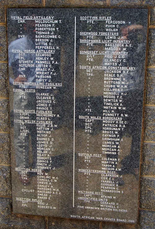 Memorial-Krugersdorp4-24Sep06LR2.jpg