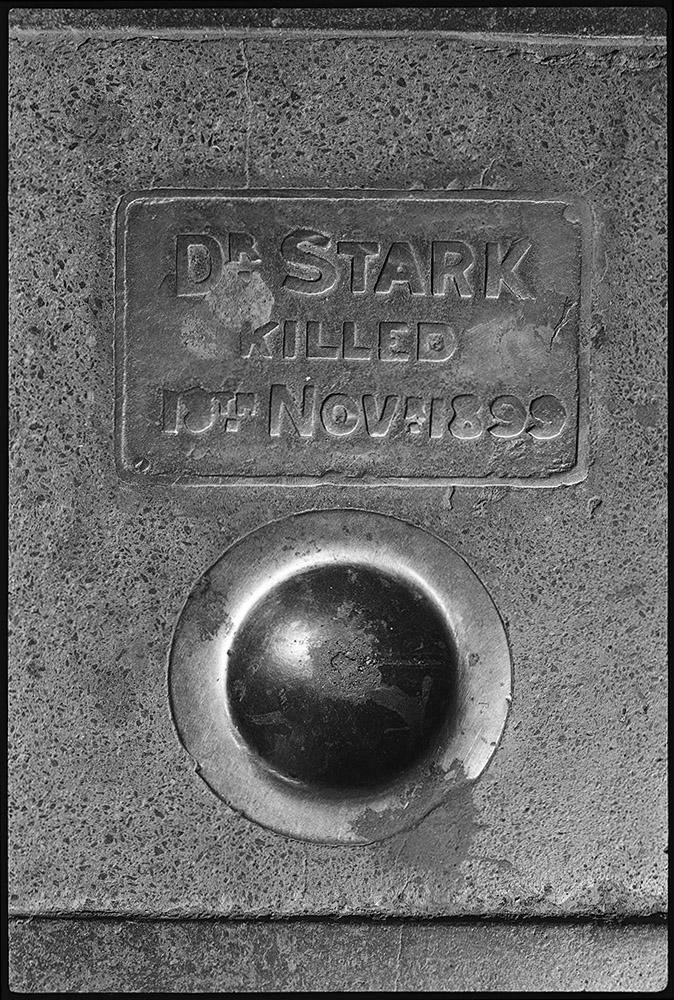 SA_1978_Royal_Hotel_Pavement_s.jpg