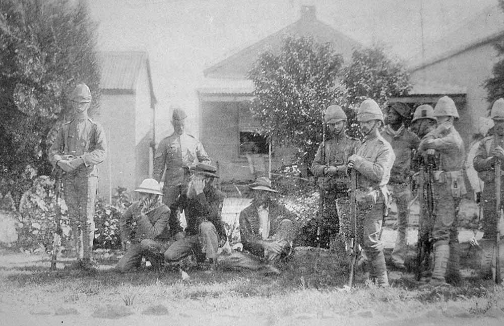 BoerprisonersbroughtupforexaminationbeforeMurrayGeneralatHQatEscourtlr.jpg
